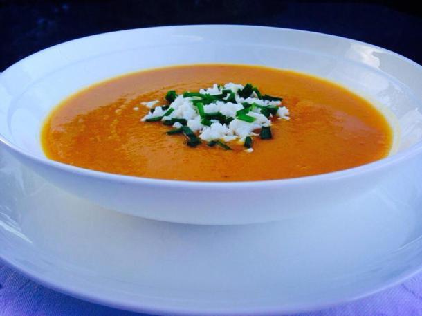 Pumpkin, carrot and lentil soup