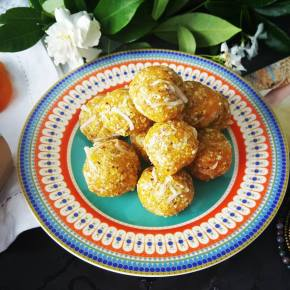 Apricot, Pistachio and Coconut Bliss Balls
